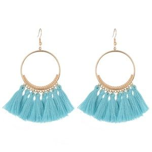 NEW!💙💎BEAUTIFUL PALE AQUA BLUE TASSEL HOOPS!💎💙